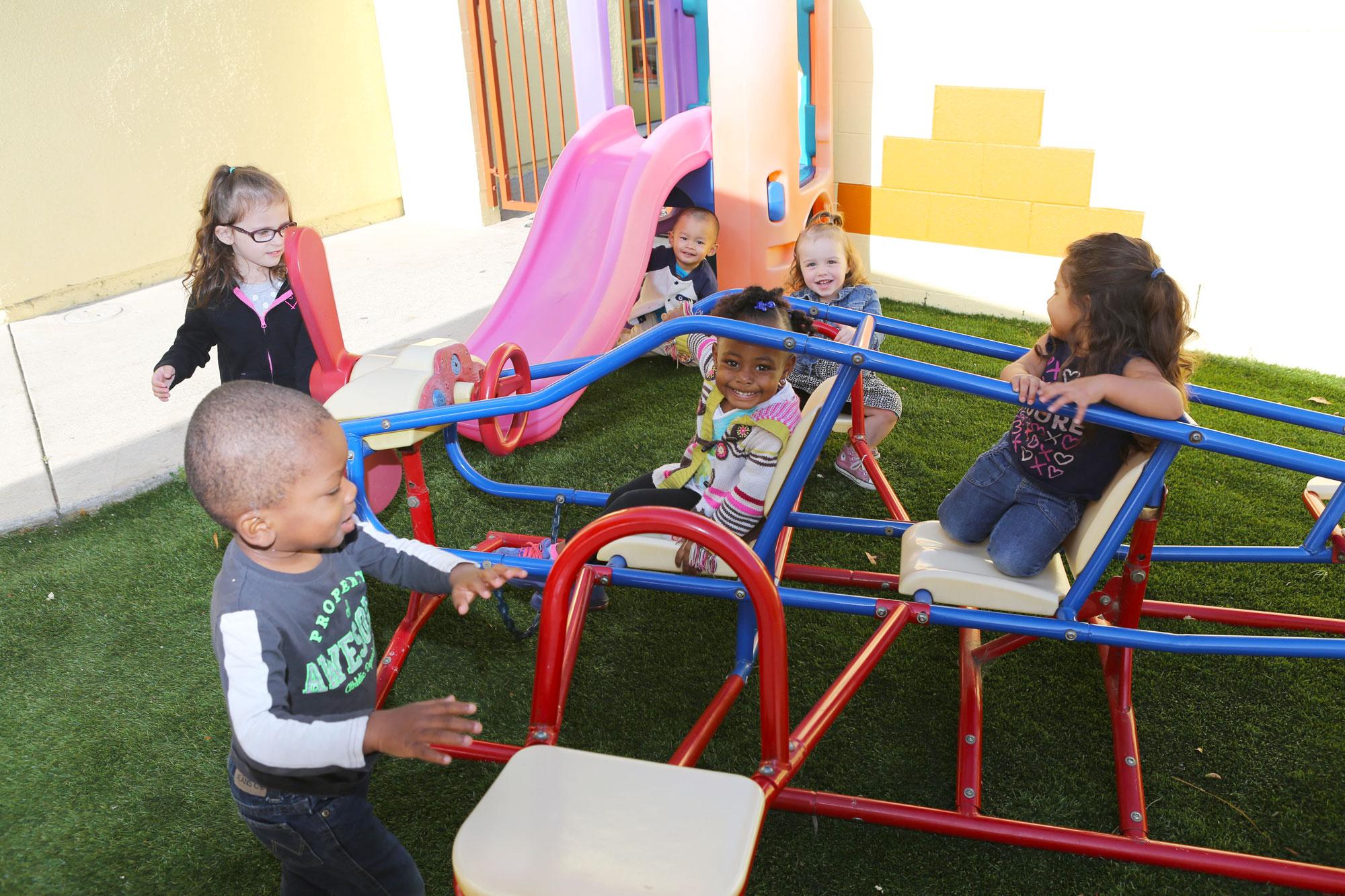 Toddler-Slider-OC-Kids
